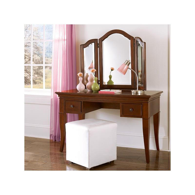 Writing Desk and Vanity Mirror 317 5862 Walnut Street NE